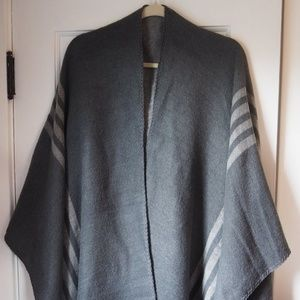BB Dakota Grey Reversible Poncho Sweater Wrap